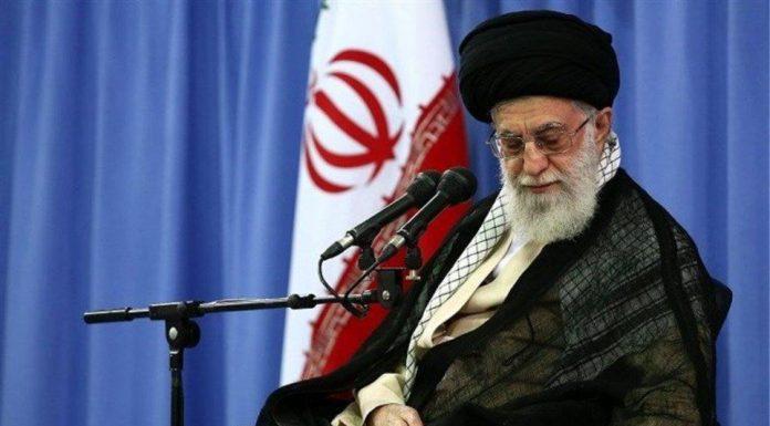 Ιράν: «Ούτε πόλεμος, ούτε διαπραγματεύσεις με τις ΗΠΑ», διαμηνύει ο Χαμενεΐ