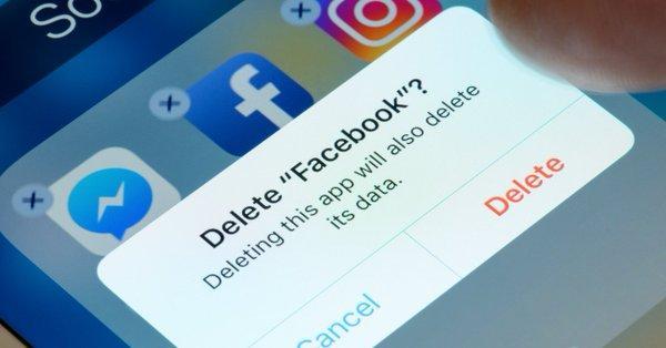 Η UniCredit έκανε «delete» το Facebook